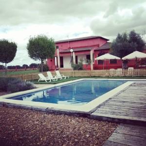 piscina con valla